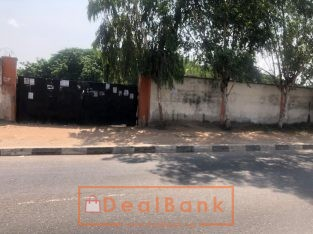 3900 parcel of land on Ikorodu road.